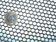 BLACK 1m x15cm SEMI-RIGID HDPE 7mm PLASTIC MESH SCREEN FISH GUTTER GUARD FILTER