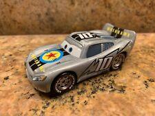 Rare Disney Pixar Cars Motorama Lightning McQueen 1/55 scale car