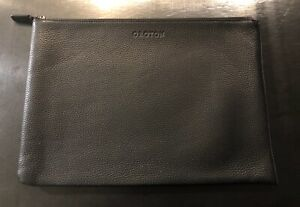 OROTON - Stanford A4 Zip Folio Sleeve - Premium Leather - Usually RRP is AU$275