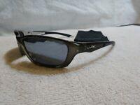 Wiley X Black Ops Sunglasses Brick Silver Flash Lens Crystal Metallic Frame L@@K