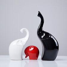 Dekofiguren aus Porzellan Elefanten Familie 3-er Set schwarz/weiß/rot LA7190