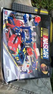 Jeff Gordon Lego Set