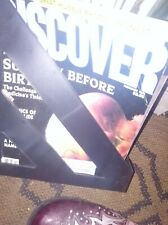1991 Discover Magazine Lot - 20 issues. to 1992 Plus magazine rack plastic.