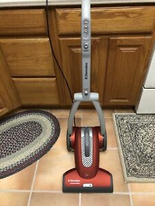 Electrolux Intensity EL5020 Fold-Up Allergen Vacuum Cleaner, Cord Button Broken