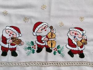 bestickte Weihnachtsdecke Weihnachtsdeckchen Stickdeckchen ca. 85 x 85 cm