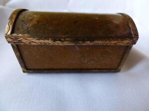 Antique Moss Agate Snuff Box
