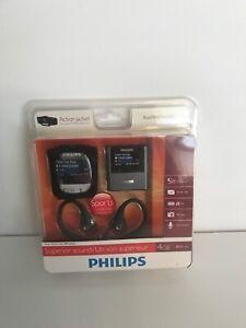 Vintage 2010' NIB Philips Gogear Raga MP3 Player 4GB 900 Songs Action Jacket