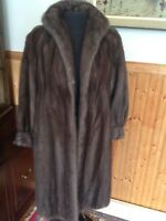 ABSOLUTELY STUNNING REAL LUTETIA MINK FUR LONG COAT CANADA ESTIMATED SIZE SMALL