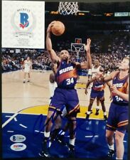 CHARLES BARKLEY Signed Autographed SUNS,76ERS 8x10 Photo. BECKETT