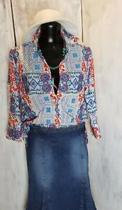 BOHO CHIC Embroidered Button Down Top Large