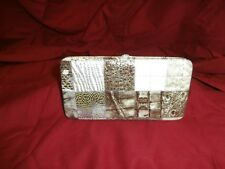 1 Hallmark Matropolitan Fashionable Flat Wallet  Clutch New 1a1