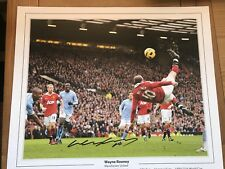 FANTASTIC GIANT WAYNE ROONEY SIGNED CAREER STATS PIC £35
