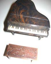 "Renwal ""Grand Piano"" Dollhouse Furniture & Bench -  L74 & 75"