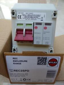 Wylex REC2SPD, 100A 2P Switch + SPD Switch. Brand new