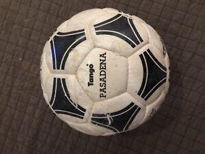 ADIDAS SOCCER MATCH BALL FOOTBALL FIFA WORLD CUP TANGO PASADENA 1994 USED RARE