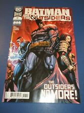 Batman and the Outsiders #17 NM Gem Wow
