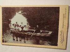 Hannover - Linden - Männer Frauen Mädchen auf einem Boot auf dem Wasser / CDV