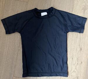 HANNA ANDERSSON Boys Sunblock Black Rash Guard Shirt Sz 5 110  Swim
