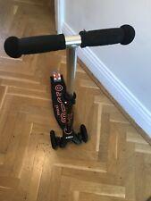 Maxi Micro Deluxe Scooter Black