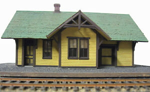 SP SPARKS DEPOT HO Model Railroad Structure Craftsman Unpainted Wood Kit CM31905