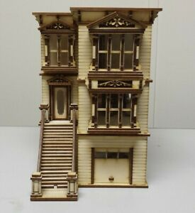 Lisa Painted Lady San Francisco Garage/French door kit (1:48 scale)