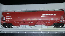 Athearn Genesis BNSF wedge trinity 5161 cu. ft. covered hopper