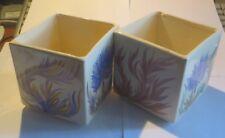2 récipients cubes décorés de plantes signé « Youey Peint main Bretagne