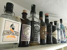 Bottiglie vuote Gin Rum Whisky Amari Alcolici Rhum per esposizione, collezione