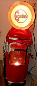 "Vintage 23"" Gas Pump 40's Style Lighted AM/FM Cassette Radio"