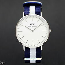 Daniel Wellington Modelo: 0204dw Glasgow Material: Nylon Color: Azul Blanco