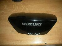 SUZUKI 400 BURGMAN - 2008 - CARENAGE CENTRAL  ARRIERE
