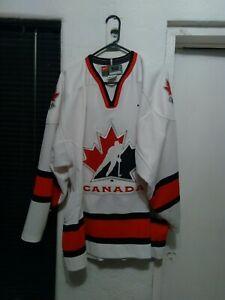 Vtg Nike 2002 Team Canada Salt Lake Olympic Hockey Jersey w/fight strap sz XL 52