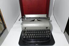 Remington Rand - Deluxe two tone - typewriter