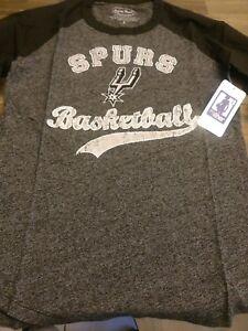 San Antonio Spurs Leonard 3/4 Sleeve T- Shirt Size Small Color Black