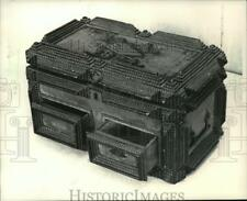 1988 Press Photo The tramp-art sewing box made in 1894 - mja20063