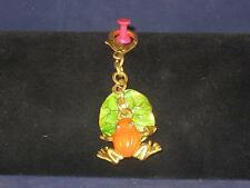 NEW GOLDTONE RED BODIED FROG W/GOLD LEGS AND GREEN LILY PAD KEY-CHAIN   K015