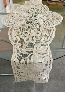 Antique Lace Table Runner Centrepiece Circa 1920s French Filet Taped Lace Old