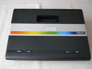 Atari 7800 Konsole - geprüft ohne Zubehör
