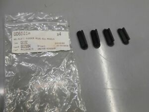 JAGUAR MK2/DAIMLER V8 250 REAR NUMBER PLATE RUBBER MOUNTING PADS BD6581