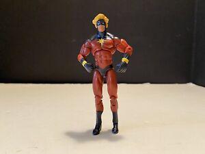 "Hasbro Marvel Universe CAPTAIN MARVEL 3.75"" Action Figure 001"