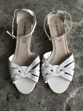 Atmosphere Ladies White Wedge Open Toe Sandals Size 7