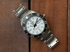 Seiko 5 Sports White Sea Urchin SNZF11 **Extremely RARE**