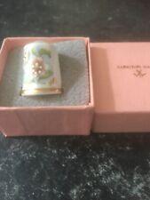Gorgeous Longton Hall Boxed Thimble