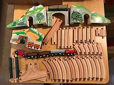 Melissa & Doug Wood Train Set YK10210 + Extra Tracks, Engines Locomotives & Cars