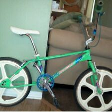 80's HARO Skyway mags....( NICE AND WHITE )...