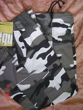 CAMOUFLAGED COMBAT ARMY CARGO TROUSERS sz    50   urban new strong tough work