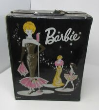 VINTAGE BARBIE 1962 BLACK CARRYING CASE + CLOTHES