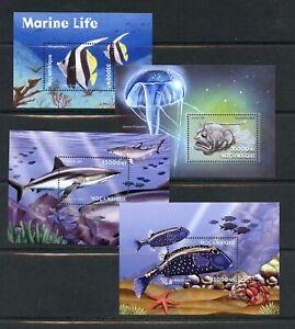 Z616 Mozambique 2001 Poisson Marine Feuilles (4) MNH