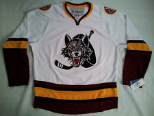 NEW WITH TAGS MADE IN CANADA REEBOK CHICAGO WOLVES HOCKEY JERSEY IN SIZE L