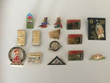 BADGES / PINS VINTAGE LOT OF 15 SYDNEY 2000 OLYMPIC GAMES AND OTHER